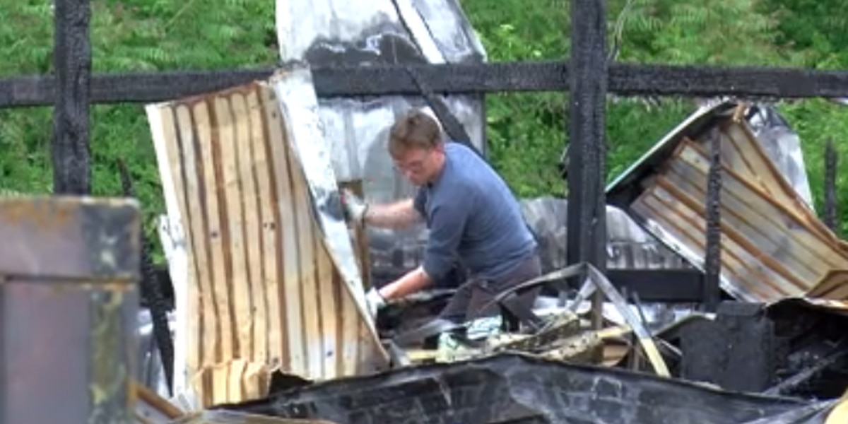 Vendors deal with the aftermath of Diamond Flea Market fire