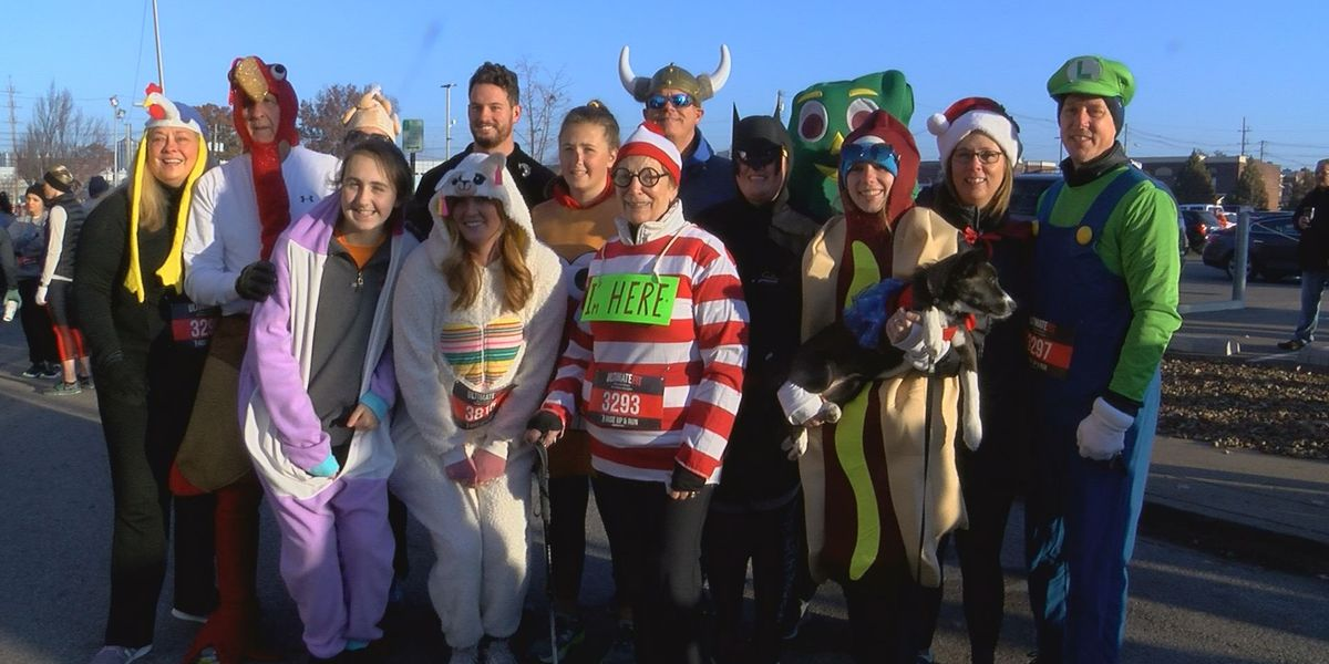 Tri-Staters get moving at the Turkey Day 5k before their Thanksgiving feast