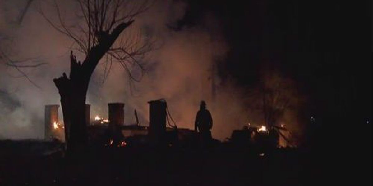 Overnight house fire in Gibson County
