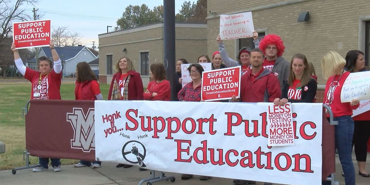 Mt. Vernon teachers stage 'Walk-In' for Red for Ed