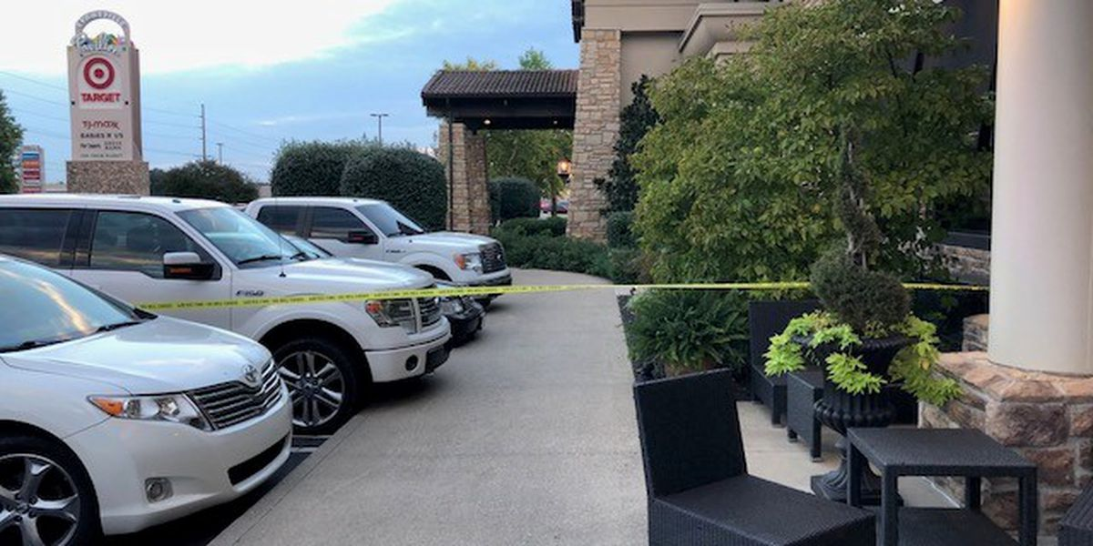 EPD: Biaggi's evacuated after reported suspicious package