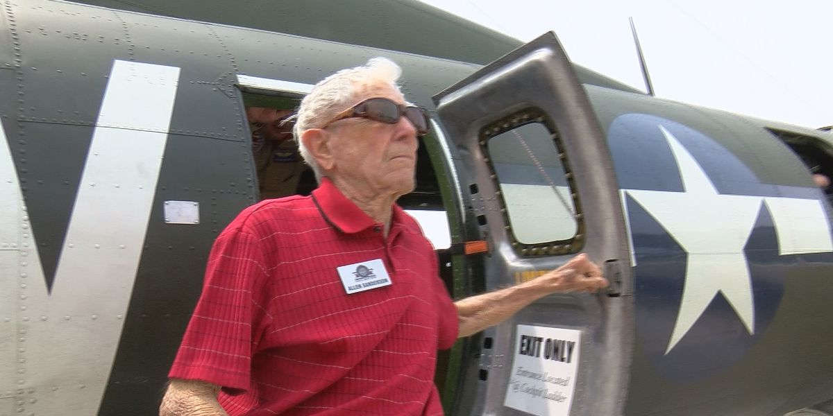 WWII Veteran takes the flight of a lifetime
