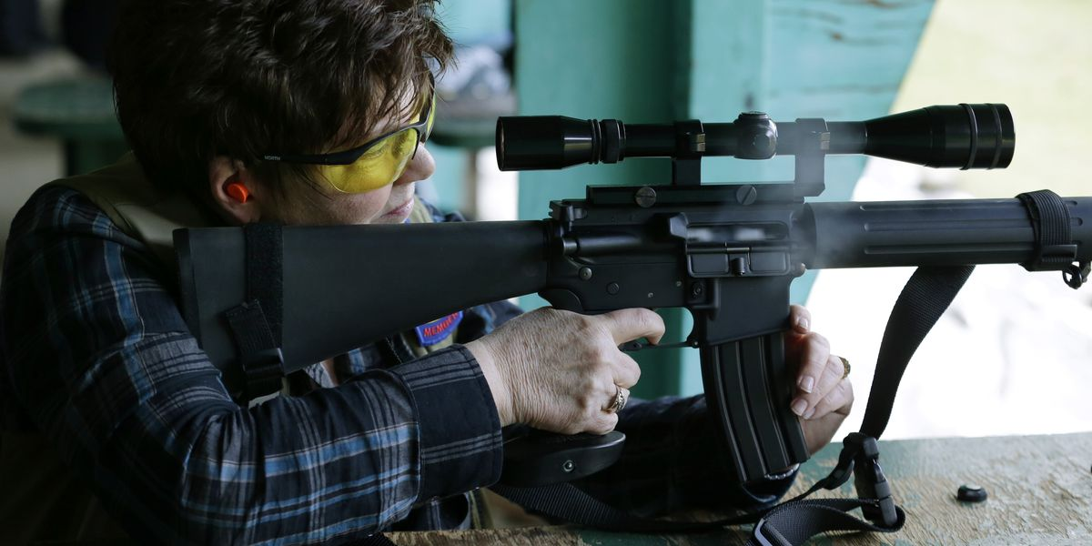 Colt suspends production of AR-15 for civilian market