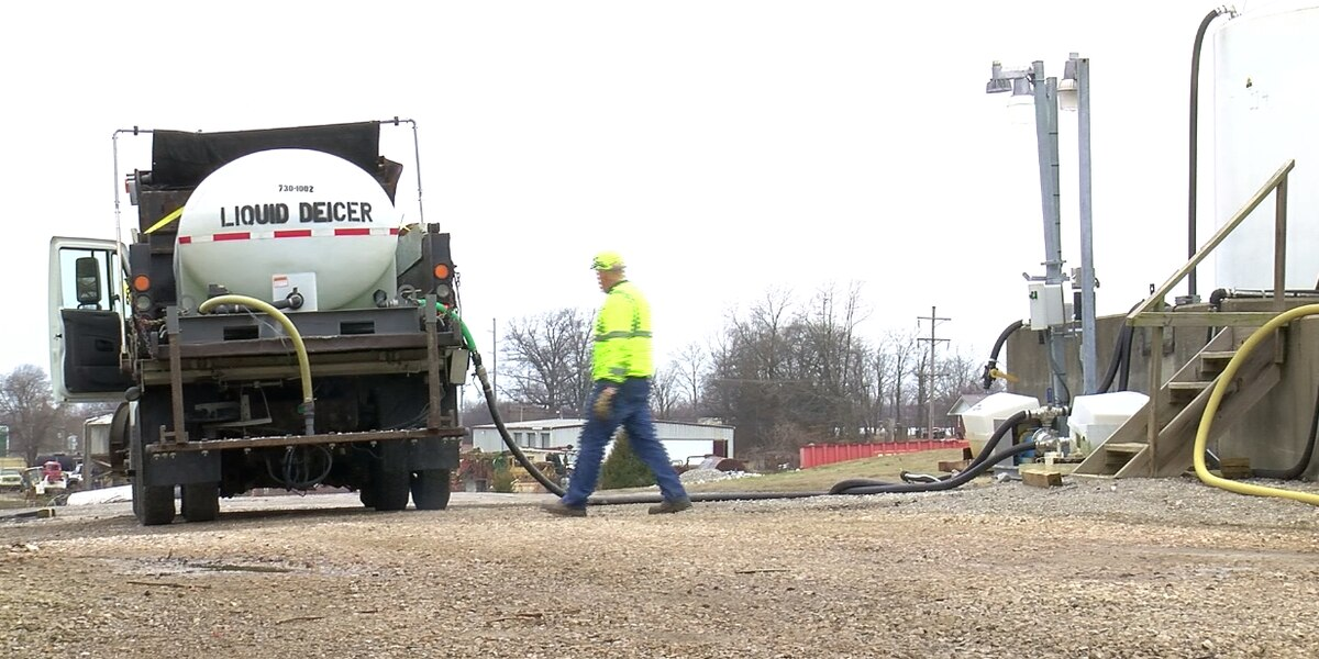 Crews pre-treating roads in Henderson