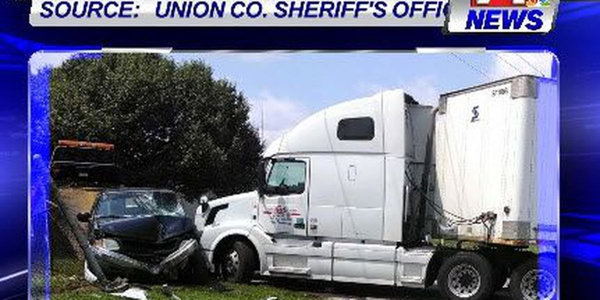 Waverly man injured after semi hits truck
