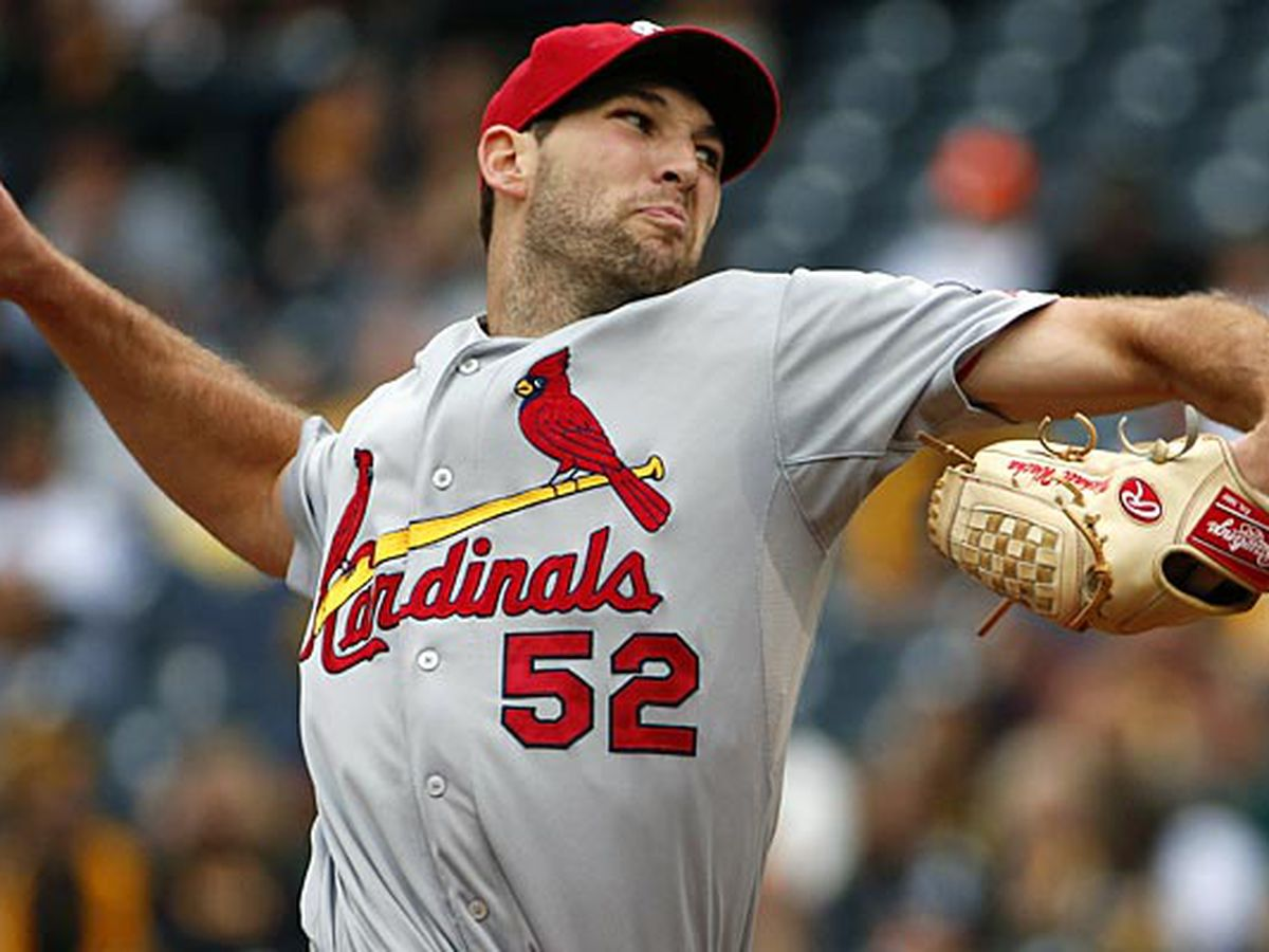 Cardinals face off against the Brewers in division matchup