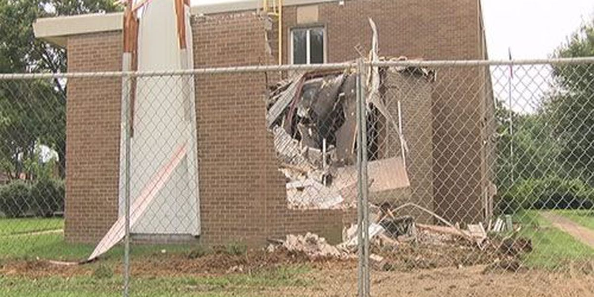 Demolition started on vacant building near Memorial High School