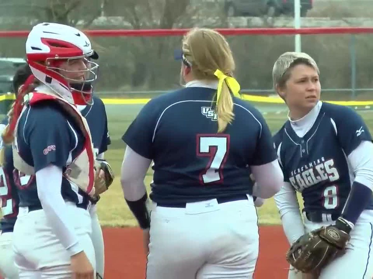 College Softball: Southern Indiana vs. Cedarville