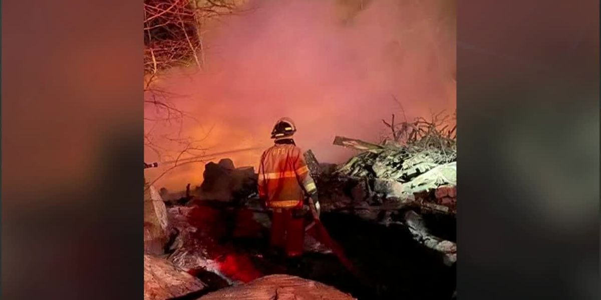 Firefighters battle brush fire in Union Co. Sunday morning