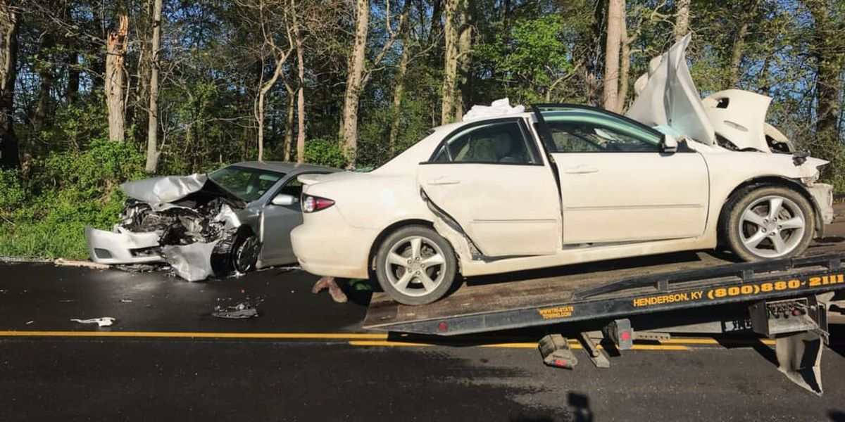 Three taken to hospital after crash in Henderson Co.
