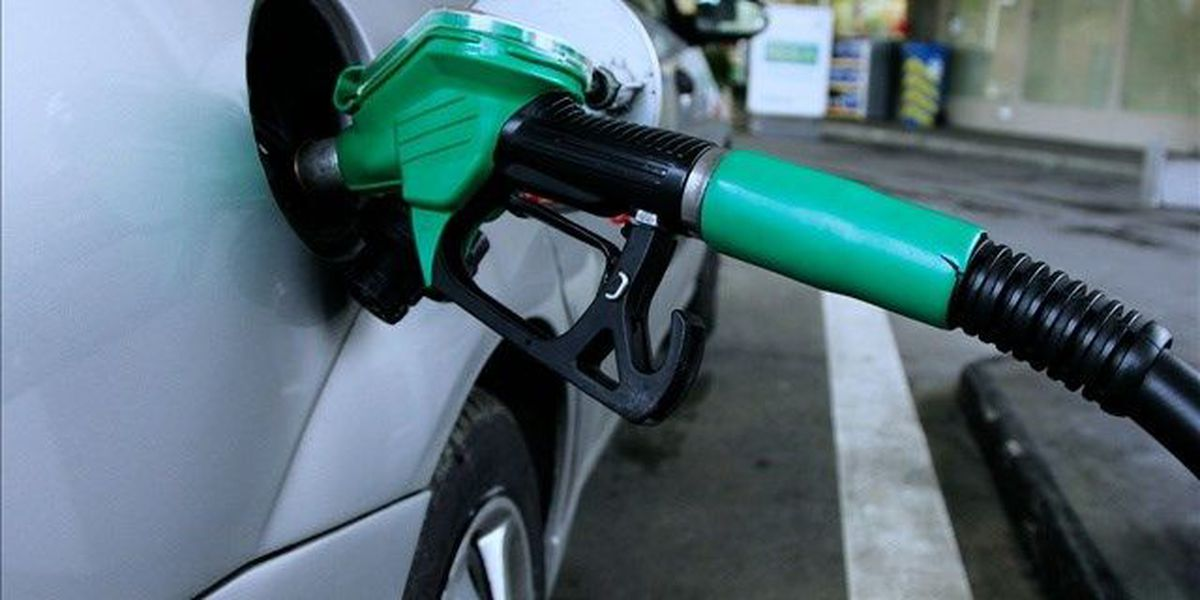 Gas prices below $3 a gallon across the Tri-State