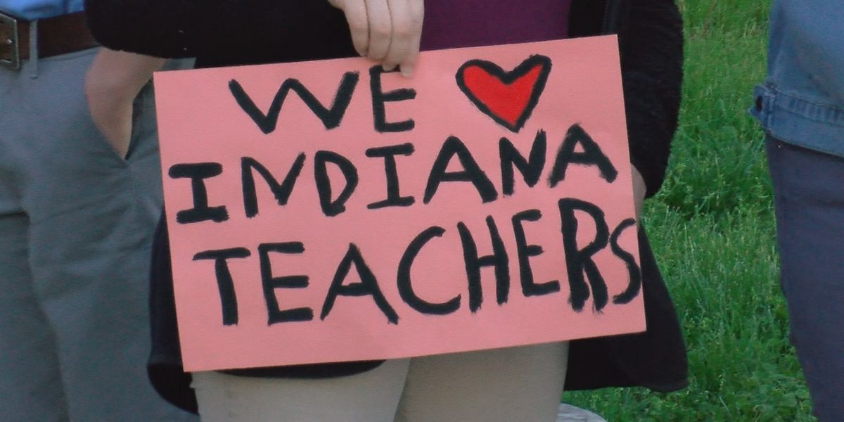 Thousands of teachers gather for Indiana Statehouse protest
