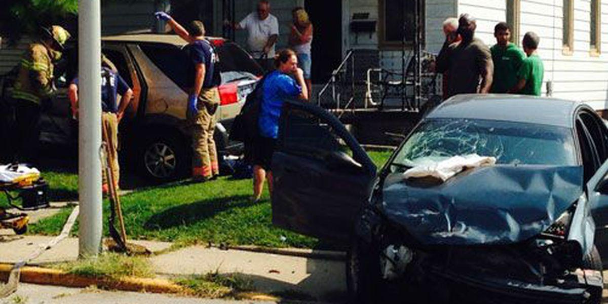 Driver arrested after hit and run crash on Evansville's west side