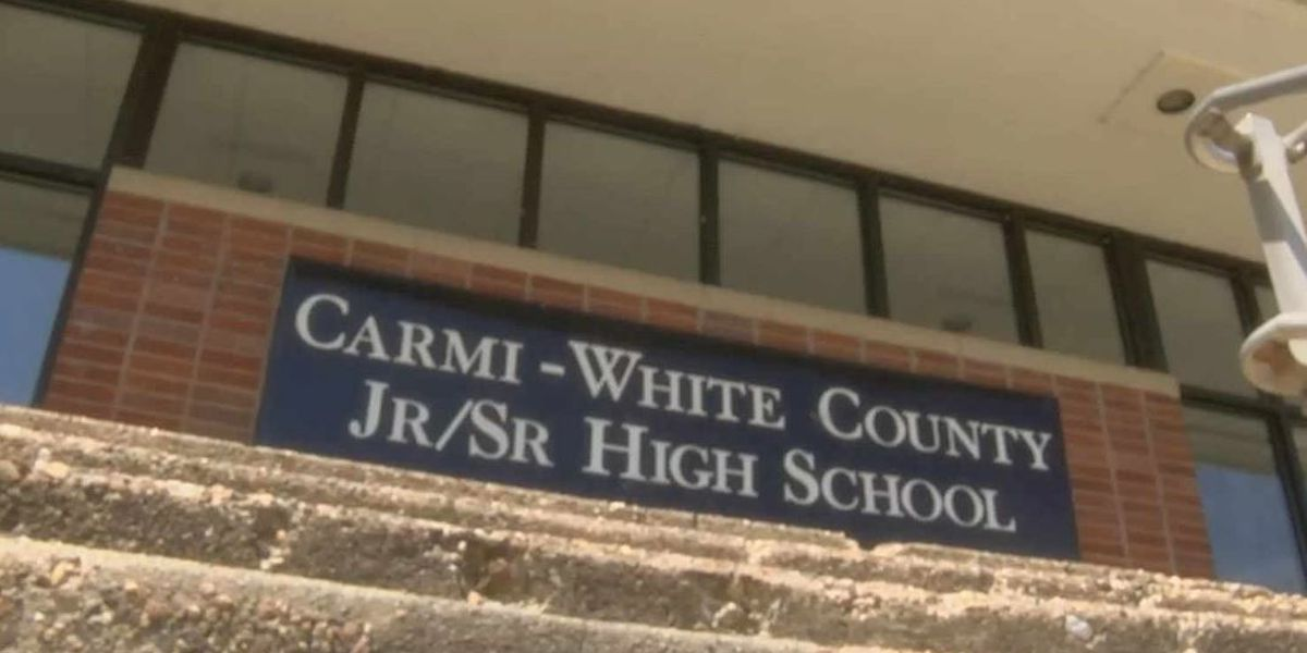Armed law enforcement officer will be at Carmi-White Sr/Jr High every day