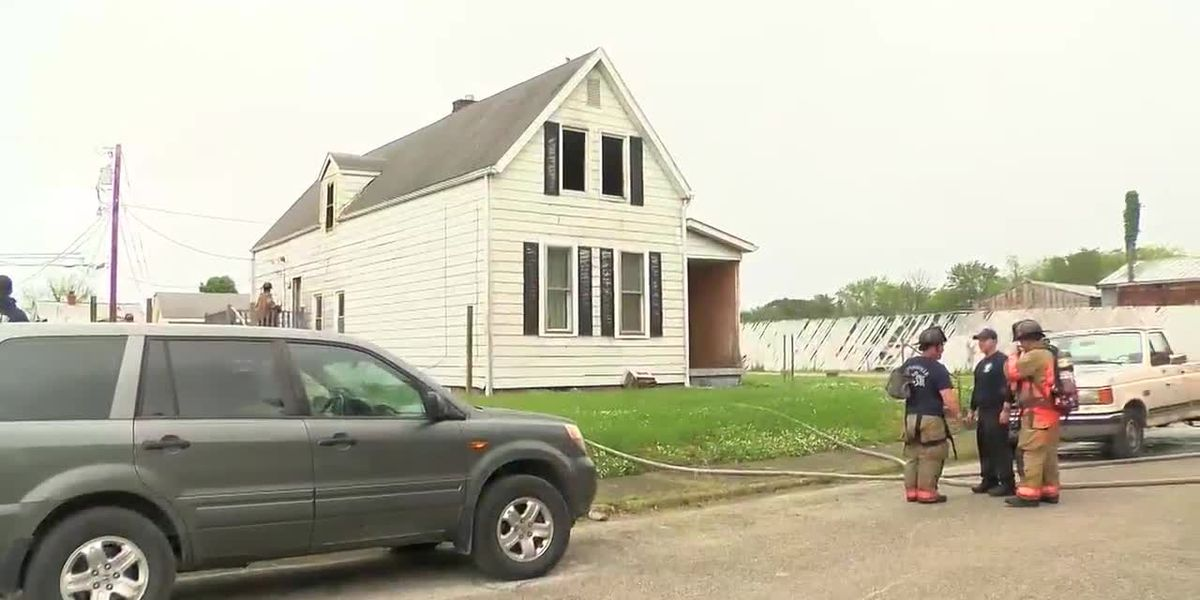 Man arrested on arson charges after fire on East Iowa