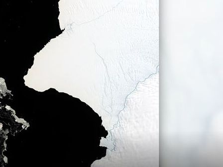 Iceberg twice as large as NYC to break off of Antarctica