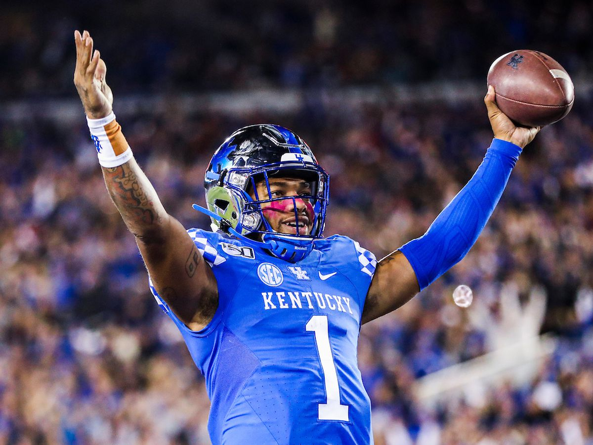 UK Football to Celebrate New Year's Eve at Belk Bowl