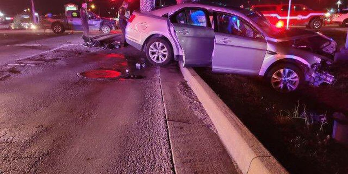 VCSO: Lloyd Expressway reopen after 4-vehicle crash with injuries