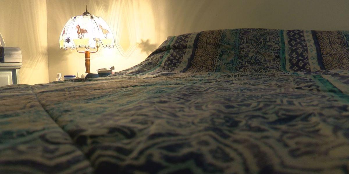 Evansville woman wakes to find strange man in bedroom