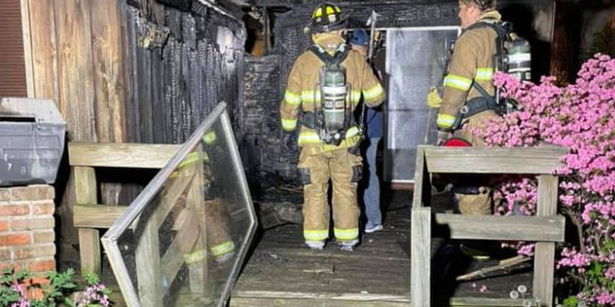 No one hurt after house fire in Henderson