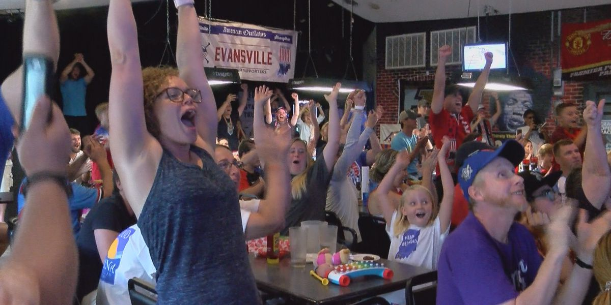 Local soccer fans enjoy US team World Cup victory