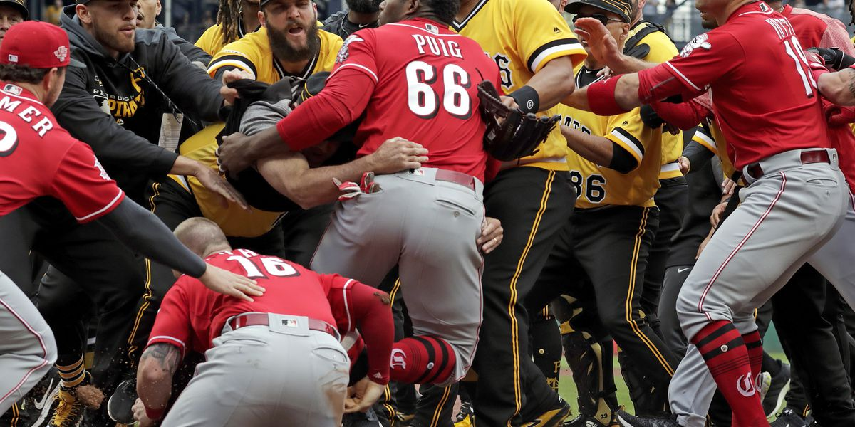 Wild Puig in middle of bench-clearing fray, Pirates top Reds