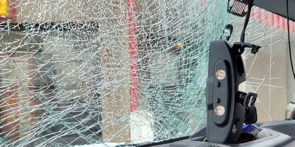 Woman warns others after windshield shattered by sheet of ice on Kentucky interstate