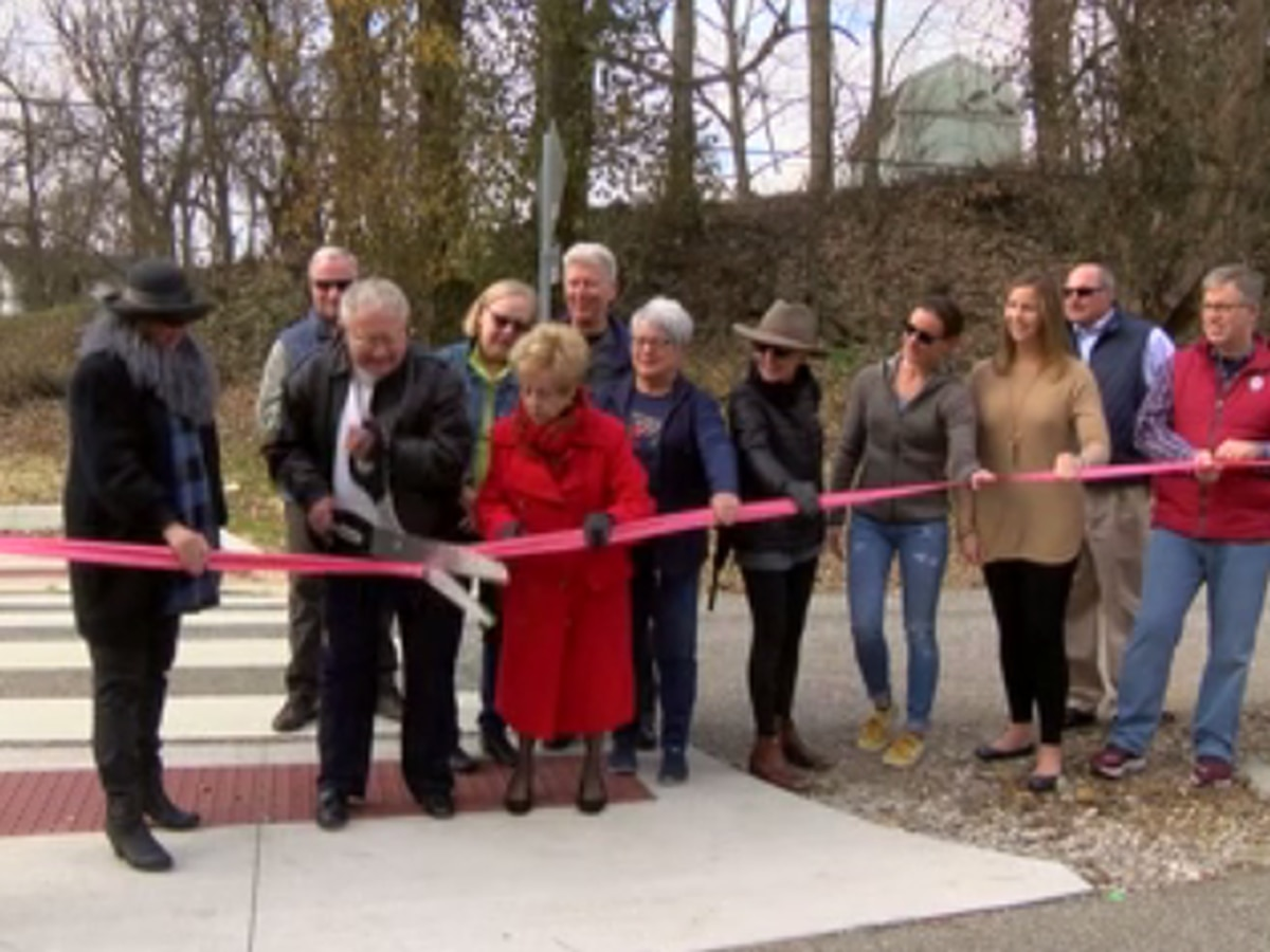 Newburgh opens Rivertown Trail extension