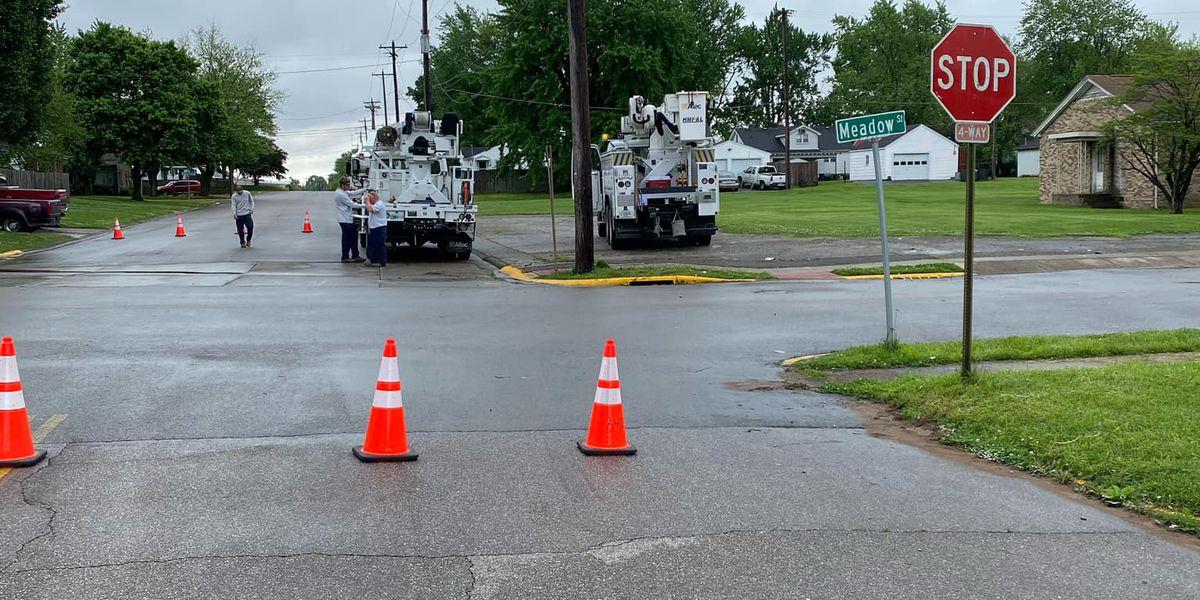 Alert: Crews replacing power pole in Henderson