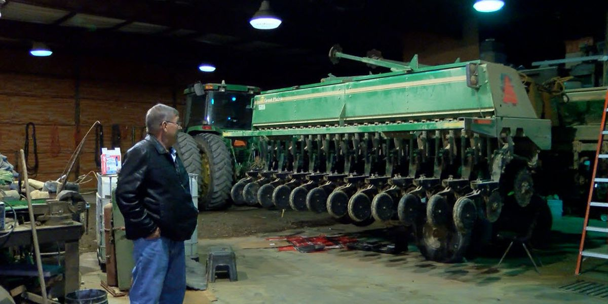 Local farmers hopeful after President Trump signs initial trade deal