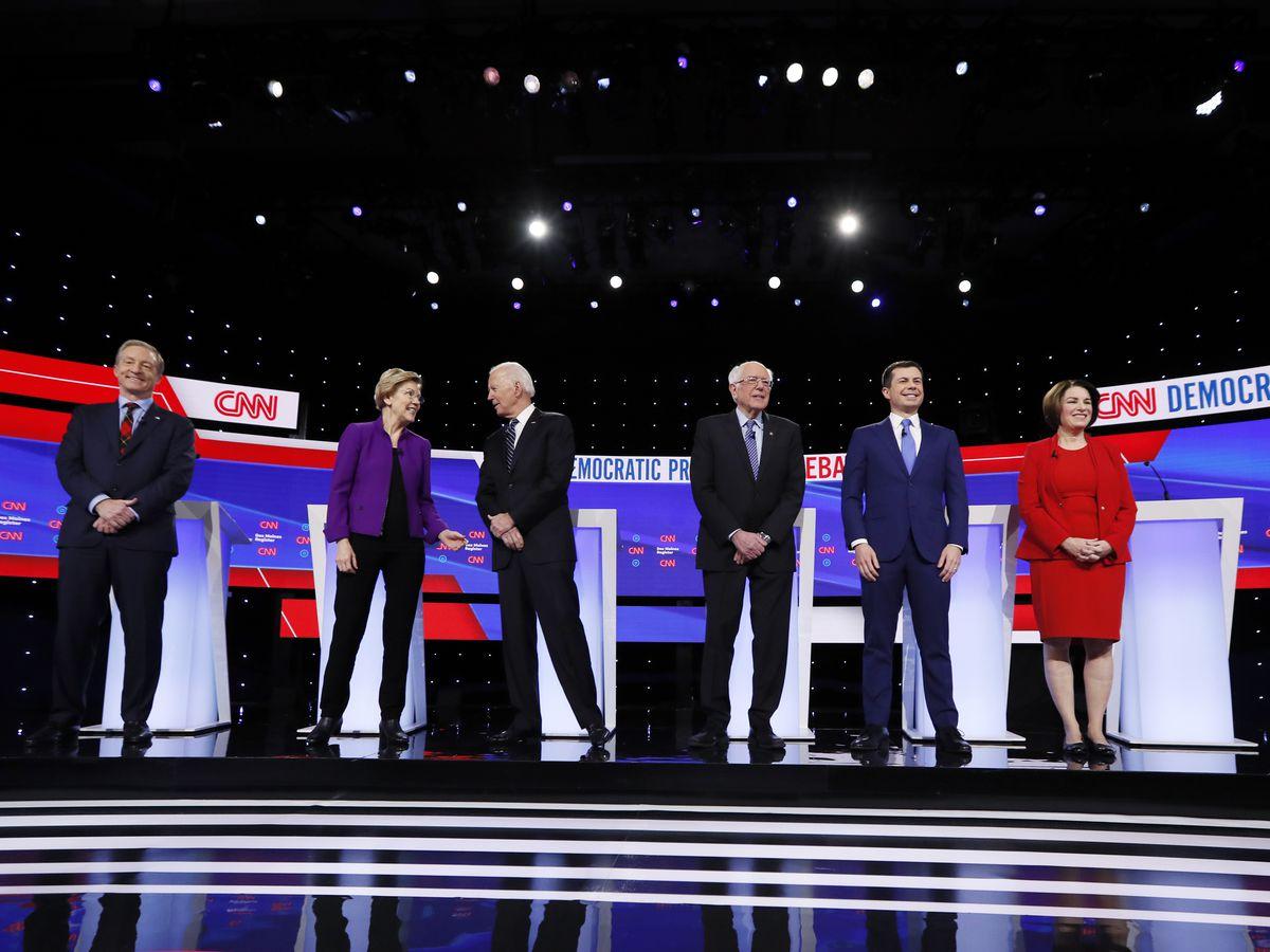 Volatility defines Democratic race as candidates flood Iowa