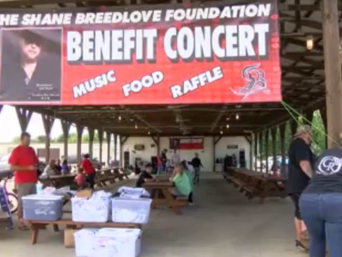 Benefit concert in Henderson honors murder victims