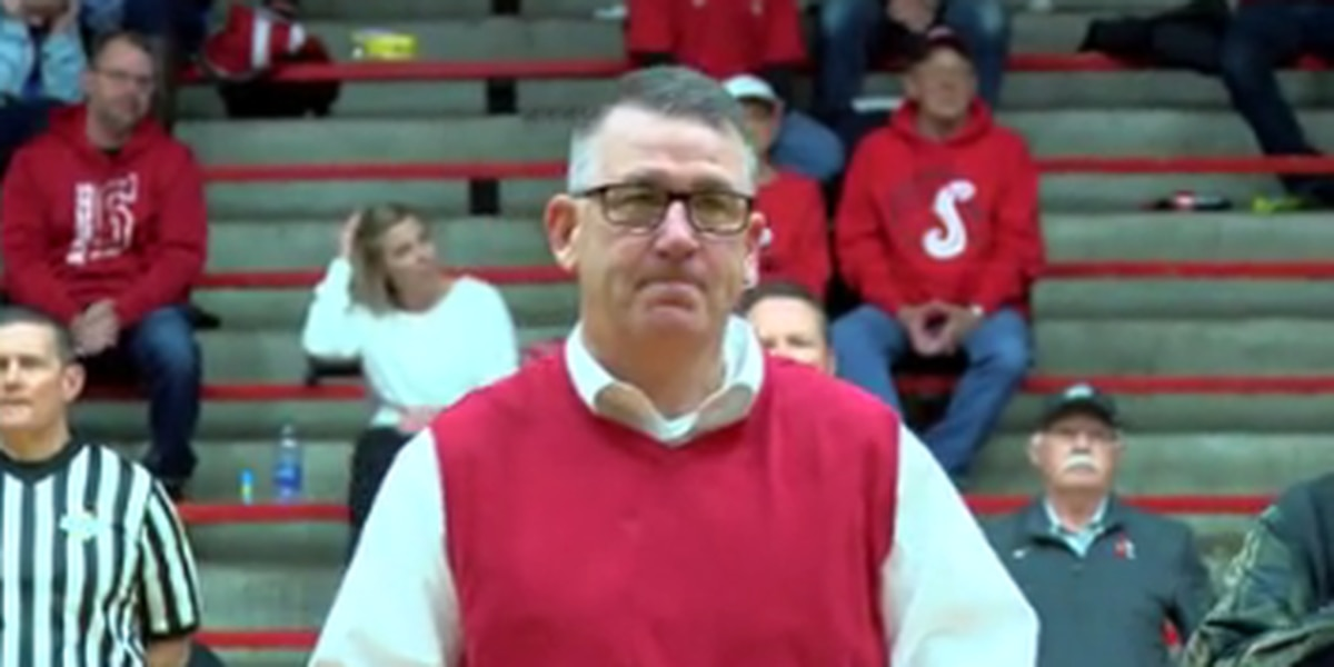 Special ceremony held for retiring Southridge AD