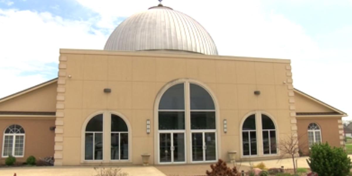 Islamic Center of Evansville providing face masks