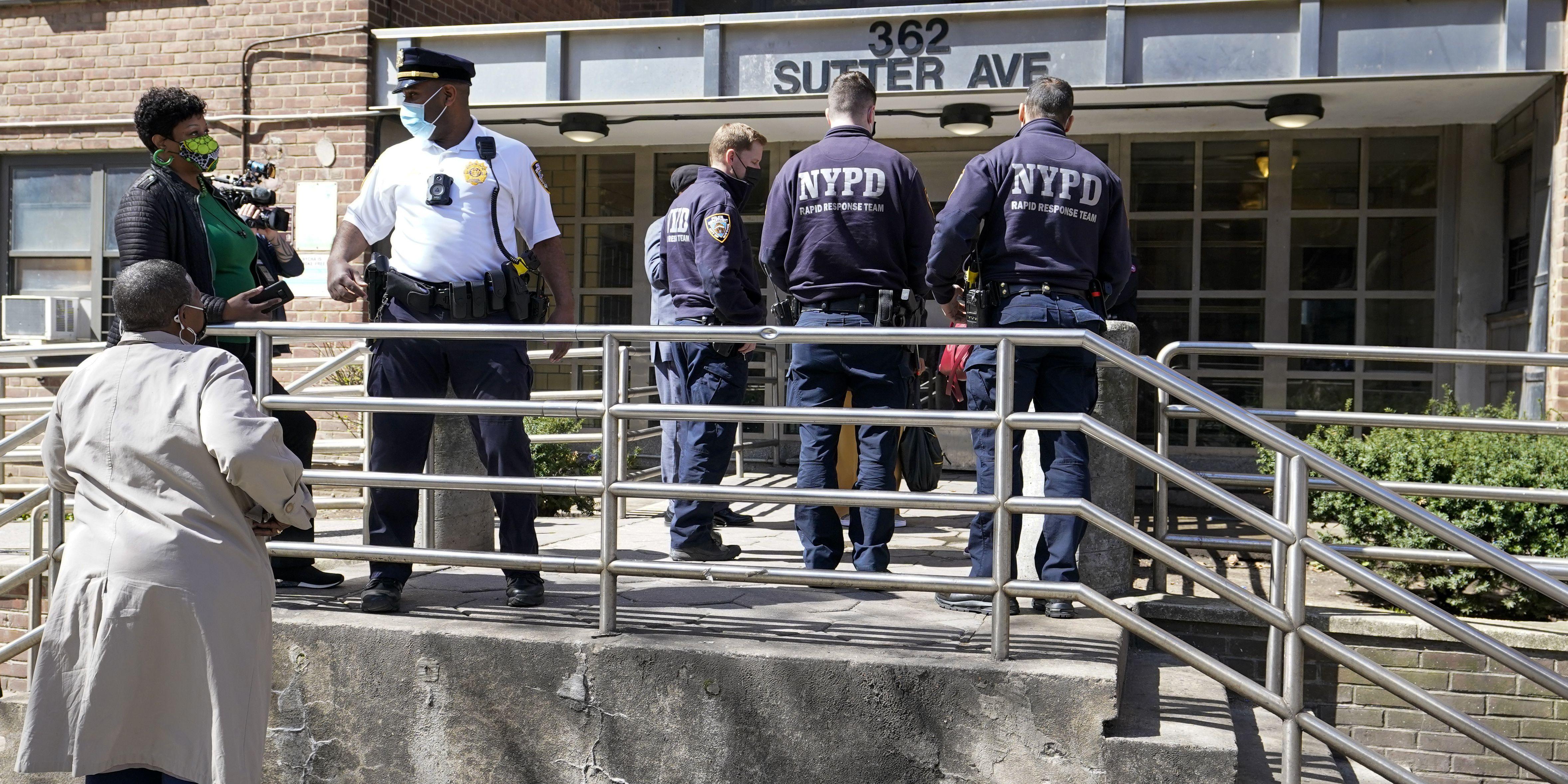 Police: Man kills 3, himself at daughter's birthday in NYC