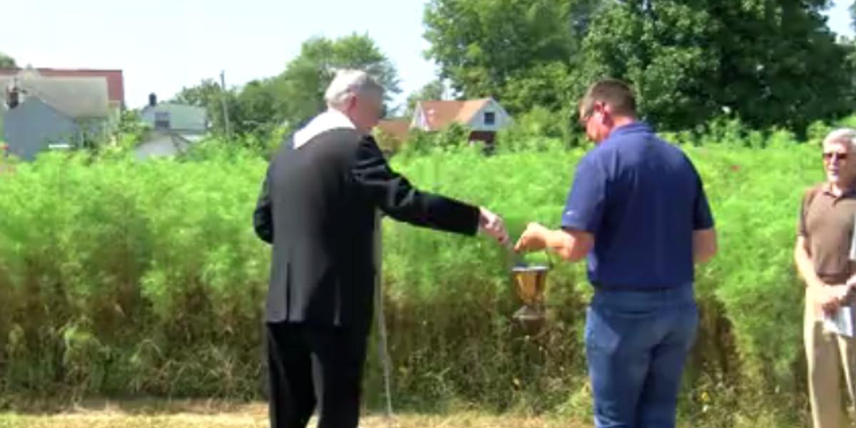 Prayer garden opens in Evansville