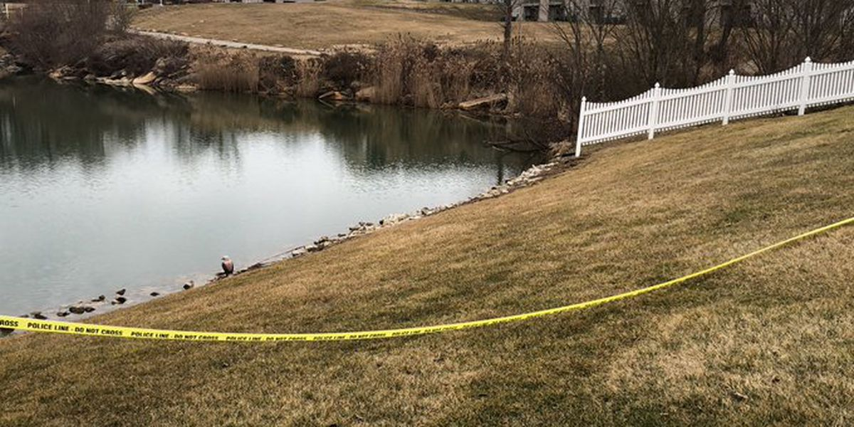 Man pulled from west side Evansville pond identified