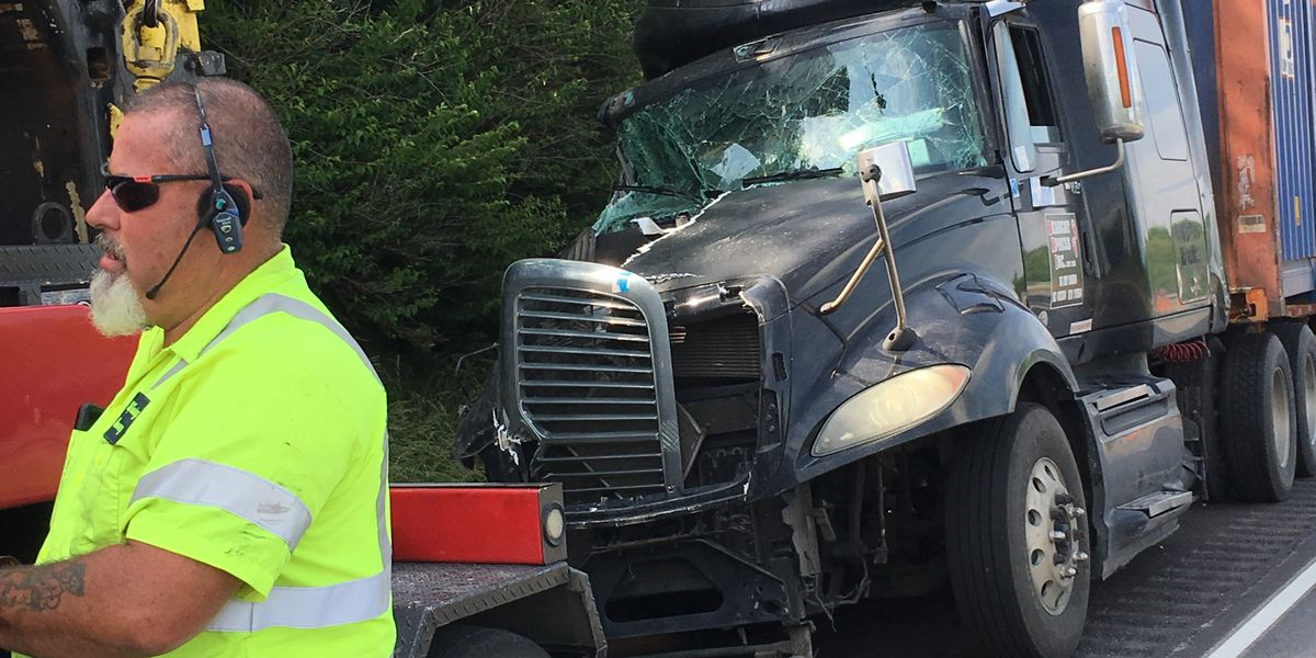 Hwy-41 reopened in Gibson Co. after semi, tractor wreck