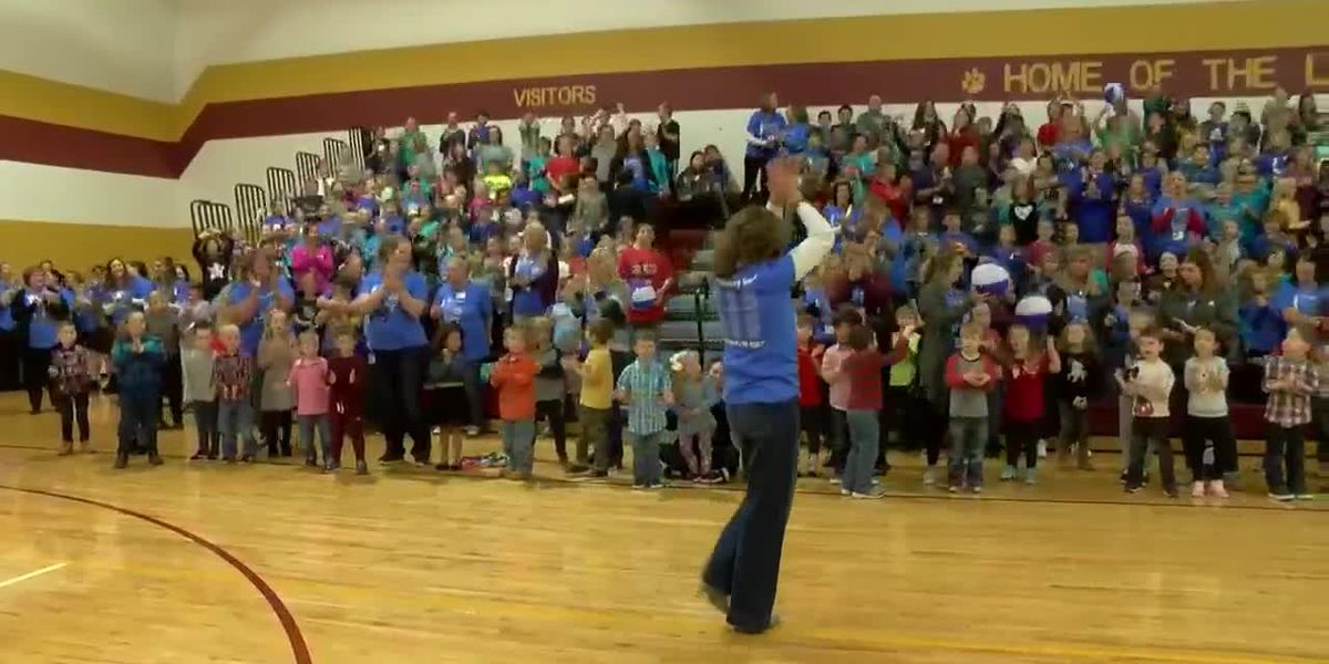 Loge Elementary celebrates being named a Blue Ribbon School