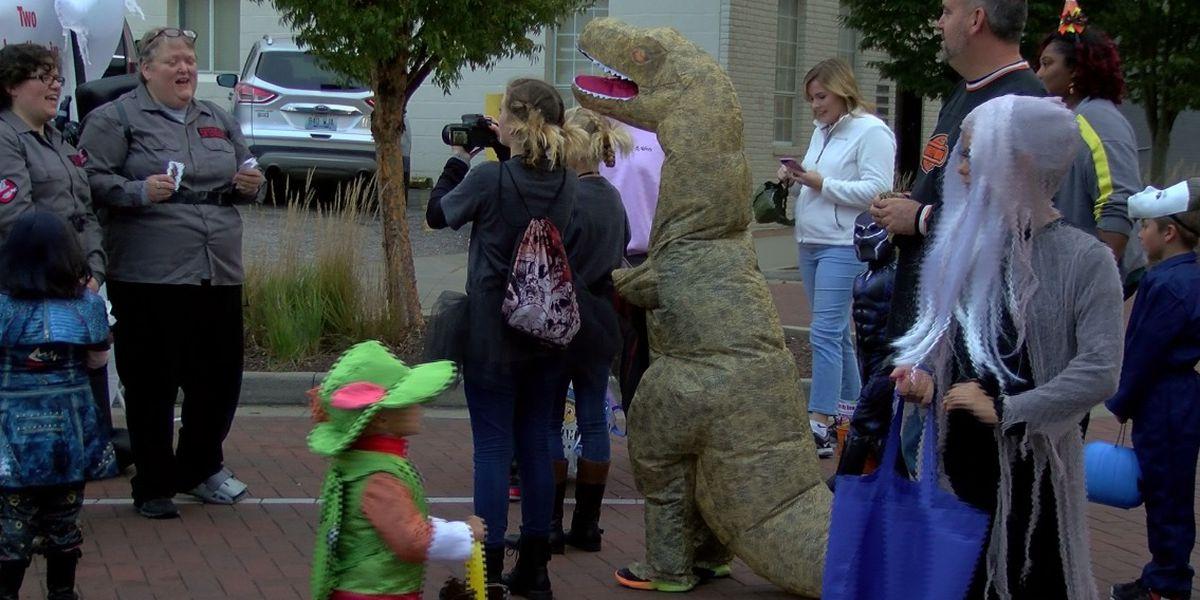 Downtown Owensboro host Trail of Treats
