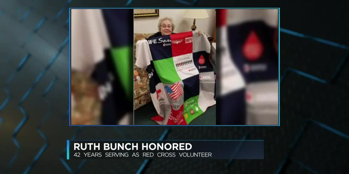 Longtime American Red Cross volunteer from Henderson honored