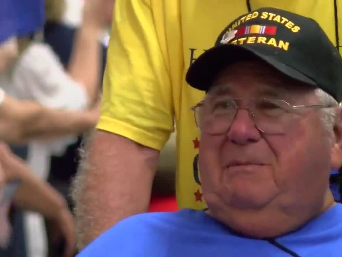 Honor Flight veterans return home