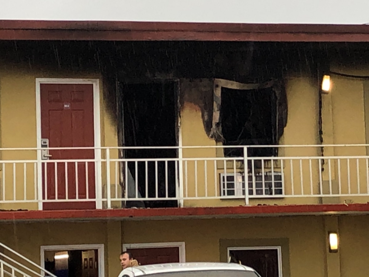 Crews respond to motel fire in Henderson