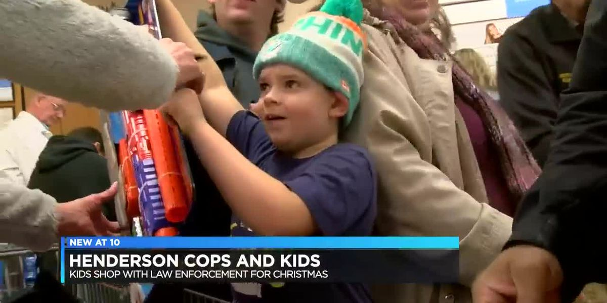Henderson law enforcement goes Christmas shopping with kids