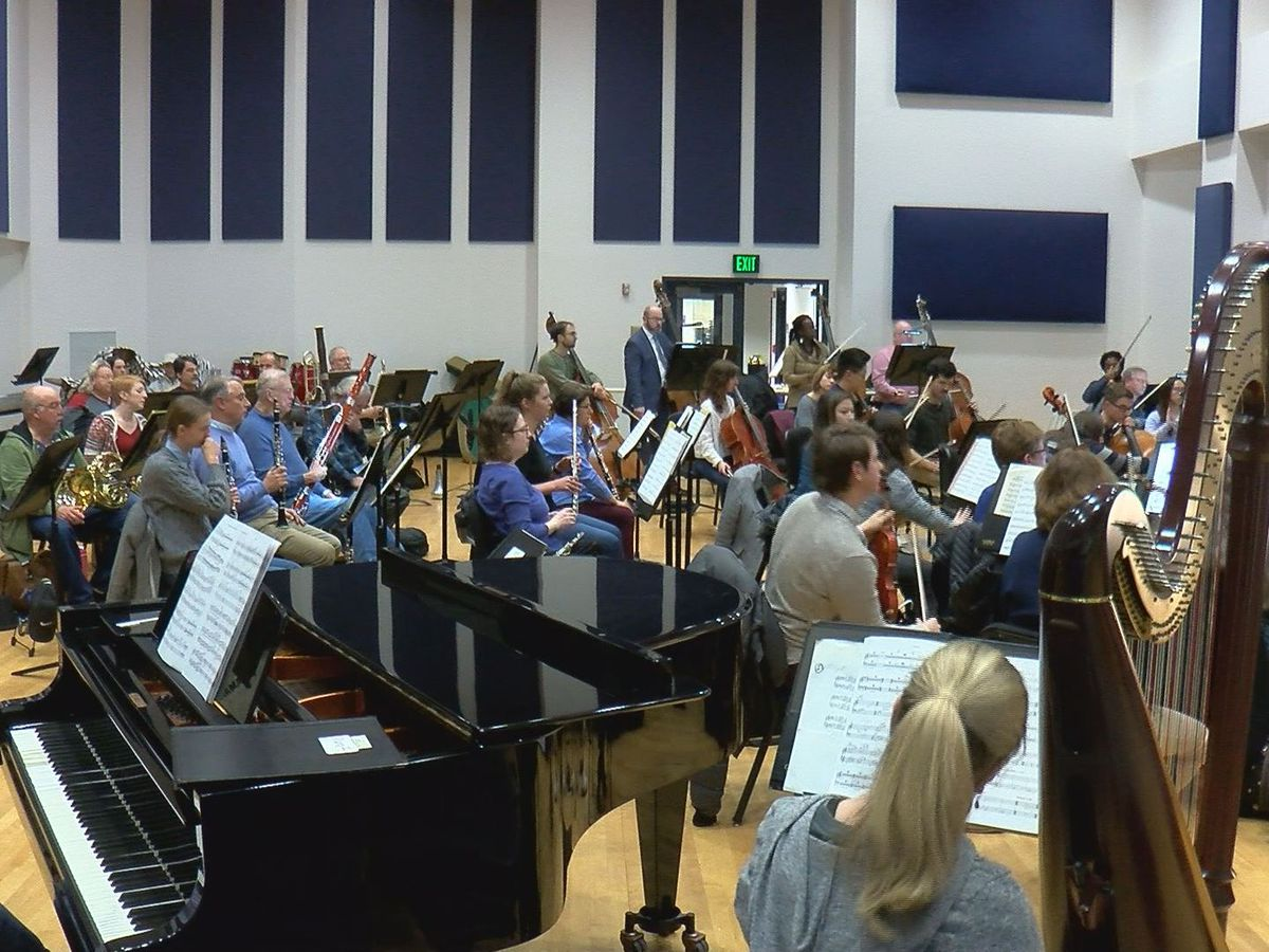 Evansville Philharmonic Orchestra searching for a new conductor