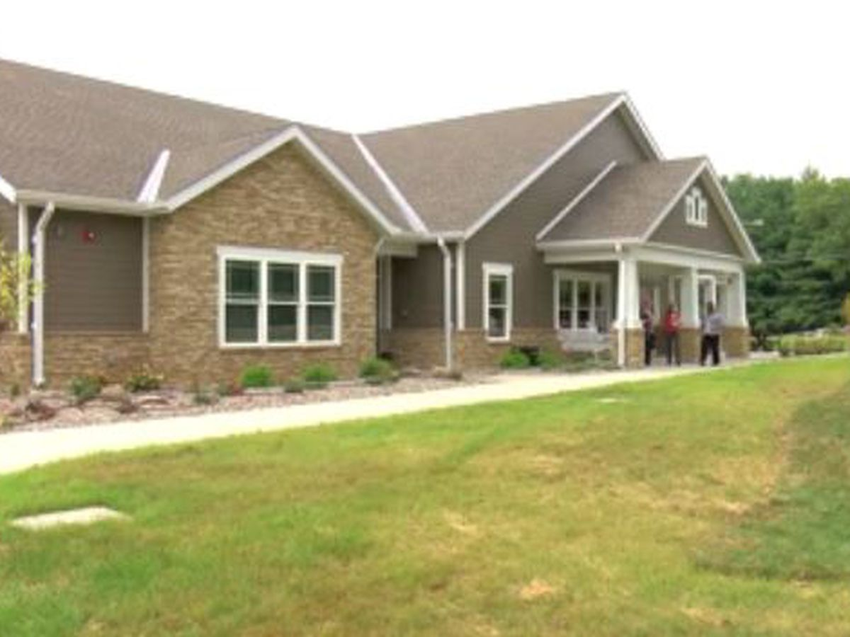 Bethel Manor holds ribbon-cutting ceremony for new rehab facility