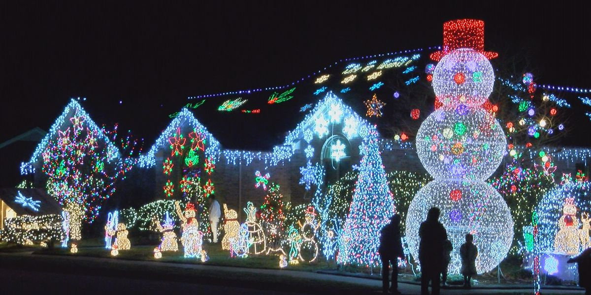 Neighborhood lights benefit local charities