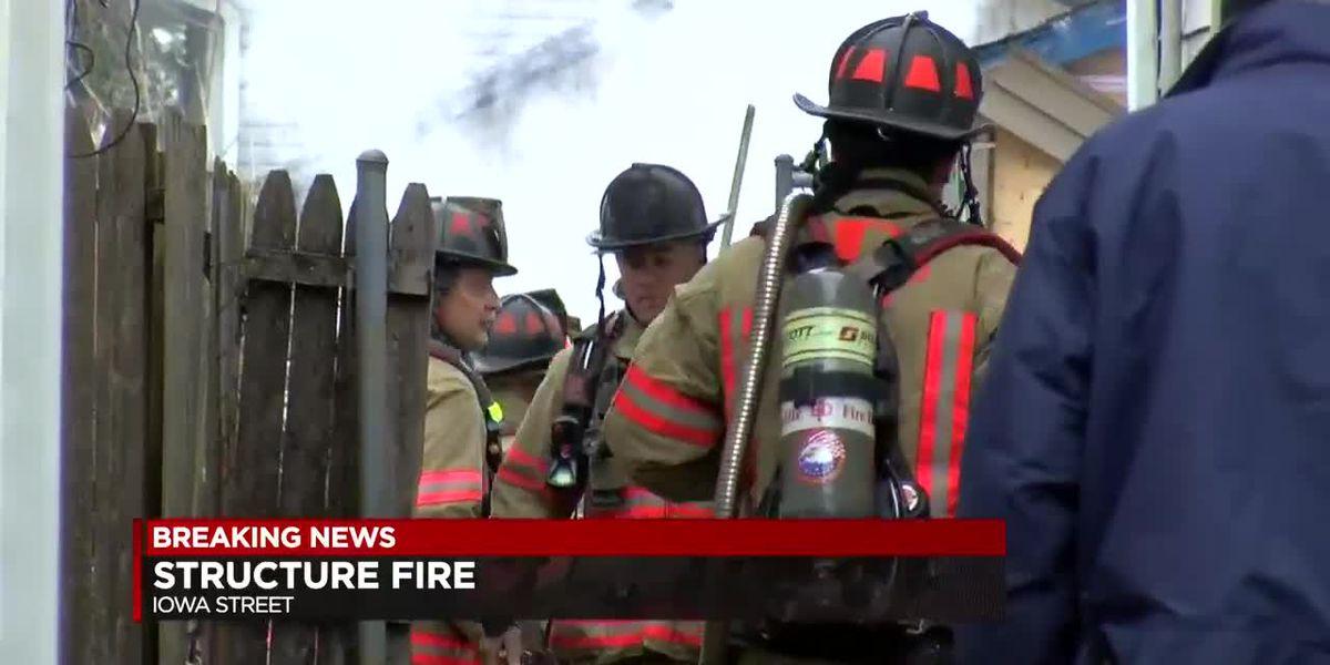 EFD responds to garage fire on E. Iowa St.