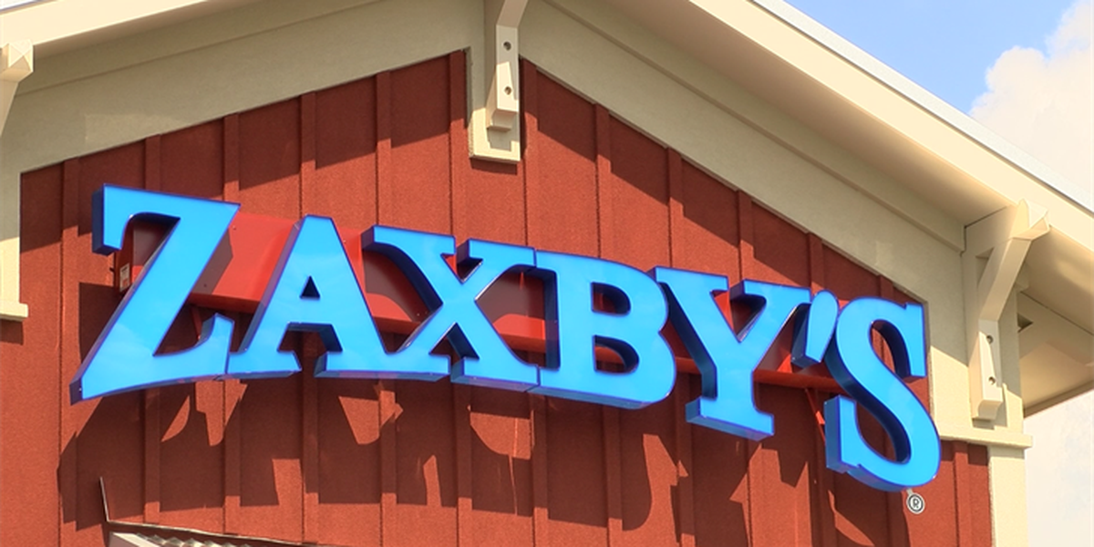 Zaxby's employee thankful for new shoes from act of kindness