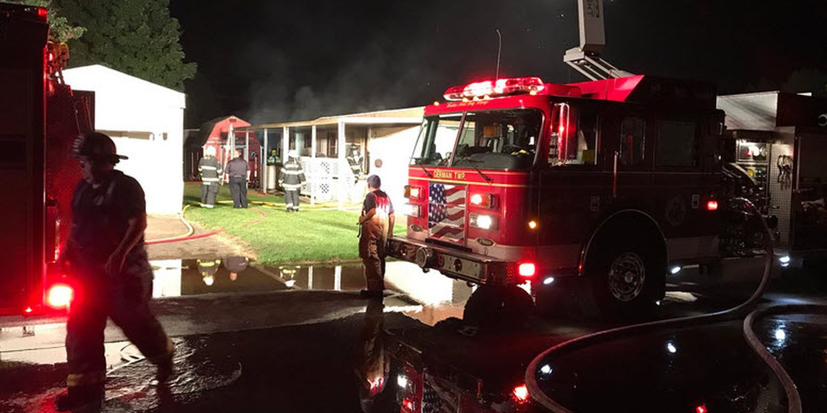 Crews respond to early morning fire in Evansville